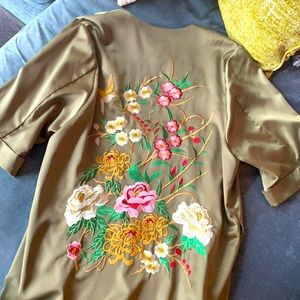 Anthropologie/ Floreat : Green Embroidered Robe